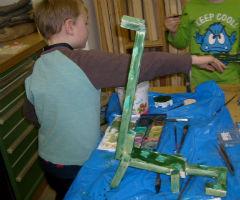 Dinosauerer und Drachen aus Holz bauen