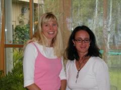 Carola und Sabine - Amedi Team